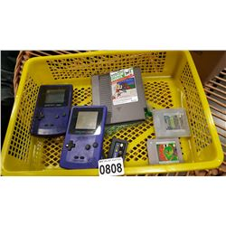 2 GAMEBOY COLORS AND NINTENDO GAMES