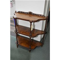 Victorian burl walnut three tier flat-to-the-wall 'tagŠre with turned and reeded supports and fret w