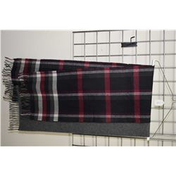 Two scarves including Blarney 60% cashmere and 40% wool and an checked wool scarf