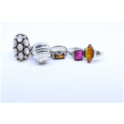 Selection of sterling silver rings including vintage amber rings, gemstone set rings plus an unmarke