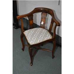 Antique Sheraton corner chair with inlaid paneled supports and banding