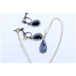 Ladies stamped 10kt gold and hematite earrings and matching pendant, no gold mark seen