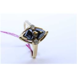 Vintage 10kt yellow gold and hematite ring set with small single cut accent diamonds