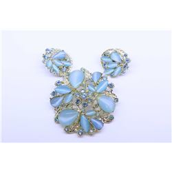 Vintage costume brooch and matching earrings