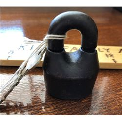 ANTIQUE HEAVY CAST IRON JAIL CELL PADLOCK WITH REMOVABLE SHACKLE & KEY
