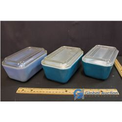 3 Pyrex Fridge Dishes w/ Lids