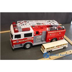 Tonka Plastic Toy Fire Engine & Gorgi Greyhound Toy Bus