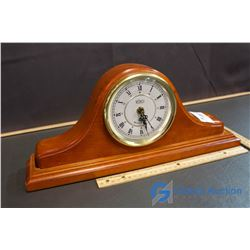 Quartz Westminister Chime Mantle Clock (Clock works, chimes not working)