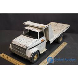 White Case Flat Deck Truck (Metal)