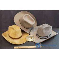 "(3) Cowboy Hats 7&1/8"" 7&1/2"" 7 & 1/4"" & Horseshoe Belt Buckle"