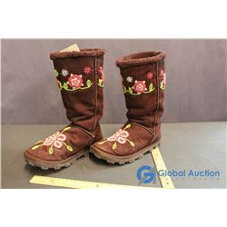 Size 7 Womens Woodland Beautiful Beaded Boots