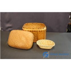 Wicker Picnic Basket With Lid