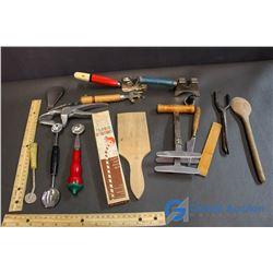 Flav-R Straws & Box of Small Vintage Kitchen Utensils