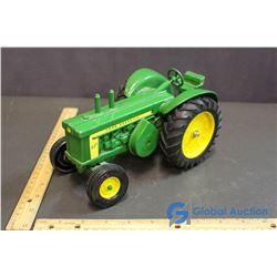 Die-Cast John Deere Diesel 820 Tractor