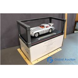 Mecedes Benz 300 SLR Coupe Model Car w/Stand