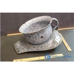 Enamel Chamber Pot & Bedpan