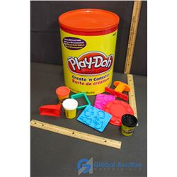 Play-Doh Create'n Canister - Full of Play-Doh & Accessories