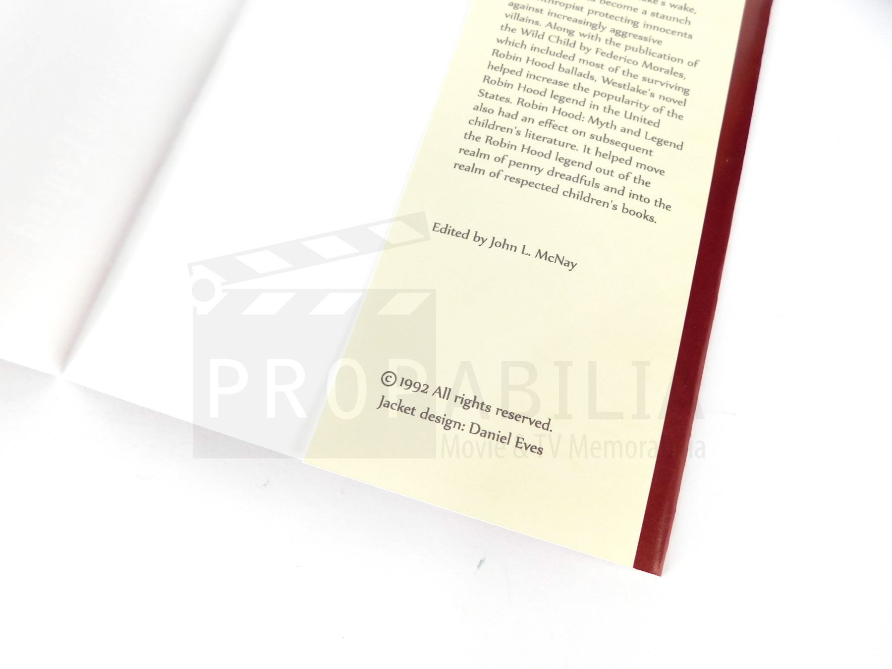 Once Upon a Time - Robin Hood Book Cover and Pages (Season 7 Episode 14)  (0184)