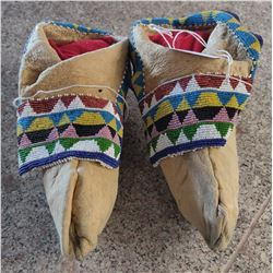 Sac and Fox Moccasins