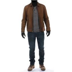 """Cade Yeager"" distressed brown leather jacket ensemble from Transformers: Age of Extinction."