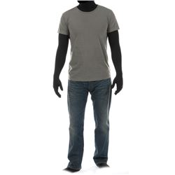"""""""Cade Yeager"""" gray t-shirt and jeans ensemble from Transformers: The Last Knight."""