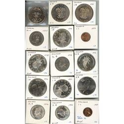 Large lot of Panama partial denomination sets from 1961 to 1975, including some proof issues and som