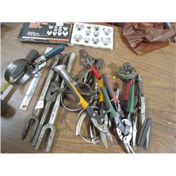 LOT OF SHOP TOOLS (10 PC 3/8 CROW FOOT, TIN SNIPS, BALL JOINT SPREADER, ETC)