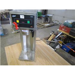 COMMERCIAL COFFEE MACHINE (W/HOT WATER TAP) *CURTIS 500AP* (W/BASKET)