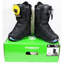 NEW FLOW SOLITE SIZE 8 SNOWBOARDING BOOTS.