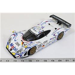 PORSCHE 911 GT1 MAISTO 1:18