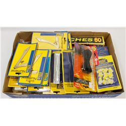 FLAT OF ASSORTED HOMEOWNER ITEMS INCLUDING