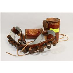 LEATHER-LIKE LIQUOR BELT.