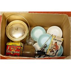 BOX OF 1950S BARWARE.