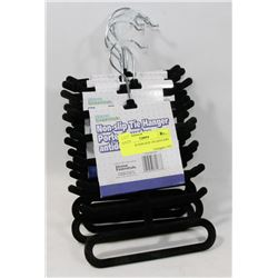 BUNDLE OF NON-SLIP TIE HANGERS