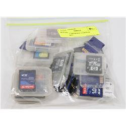 BAG W/35 MEMORY CARDS & ADAPTORS -
