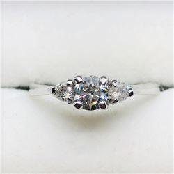 14) 14K WHITE GOLD 3 DIAMOND RING