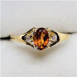 30) 10K YELLOW GOLD CITRINE & DIAMONDS RING