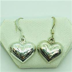 138) STERLING SILVER HEART SHAPED EARRINGS