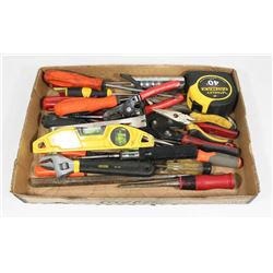 ESTATE FLAT OF TOOLS INCLUDES SNIPS, WRENCHES,