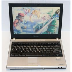 TOSHIBA SATELLITE WIN 7 PRO LAPTOP WITH AC ADAPTOR