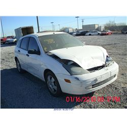 2004 - FORD FOCUS//SALVAGE TITLE