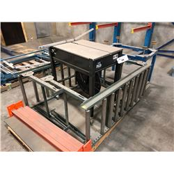 JOINPACK MODEL US-102A STRAPPING MACHINE WITH 2 ROLLERS