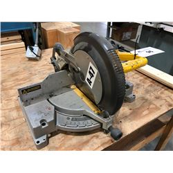 DEWALT 12'' COMPOUND MITER SAW