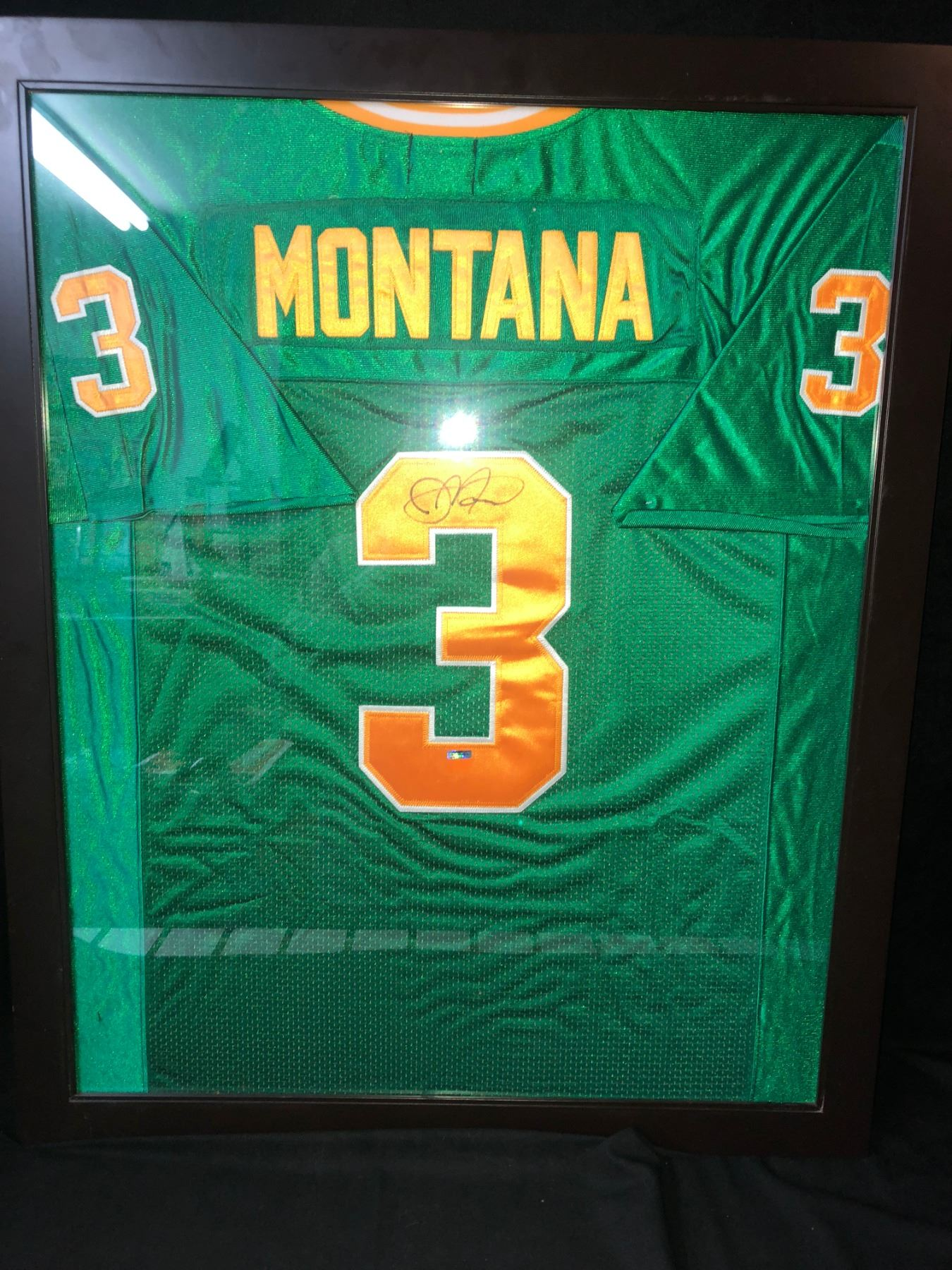 best website 80f33 b16e6 JOE MONTANA SIGNED AND FRAMED NOTRE DAME FOOTBALL JERSEY WITH COA