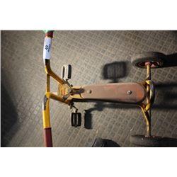 Old Peddle Trike (Yellow) (Brio Lek + Tar)