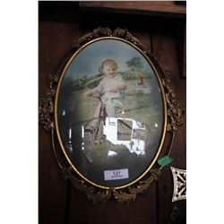 Oval Bubble Glass Frame Picture