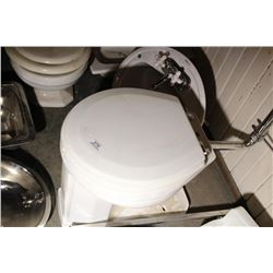 Wall Mount Tank & Toilet