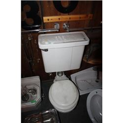 Toilet & Tank