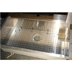 Stainless Tub Sink With Grate