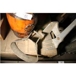 Job Lot-Comet Equipment Tool, Oak Barrel Purse Etc